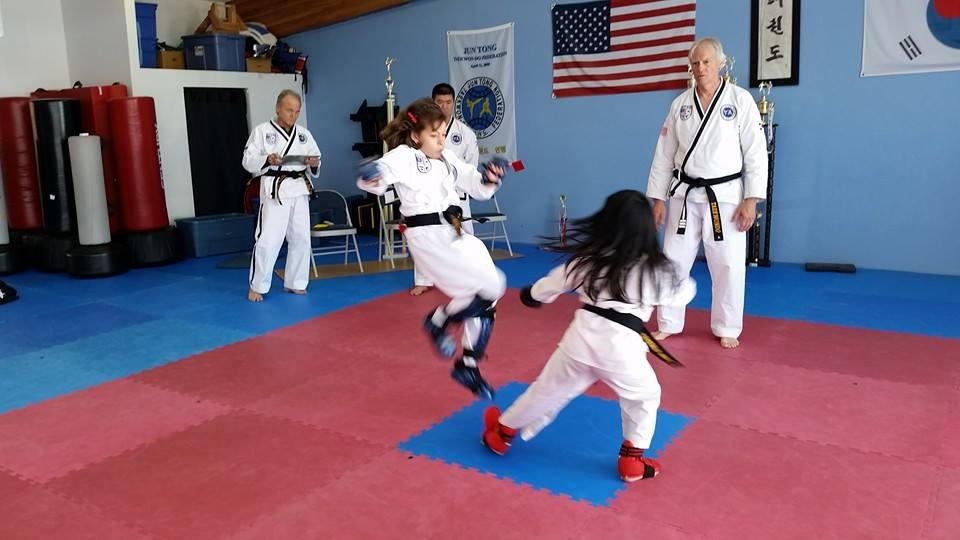 kids sparring 1
